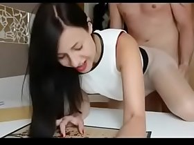 Hot Young Gf with Amazing Body Gets a Nice Table Fucking